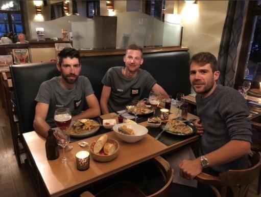 Thomas, Tim et Maxime au resto 2018.jpg