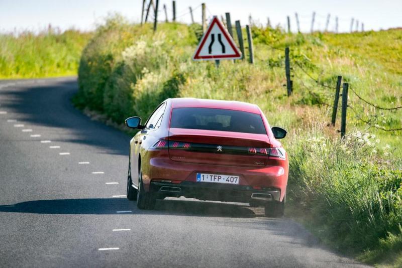 Peugeot_JOS8119.jpg