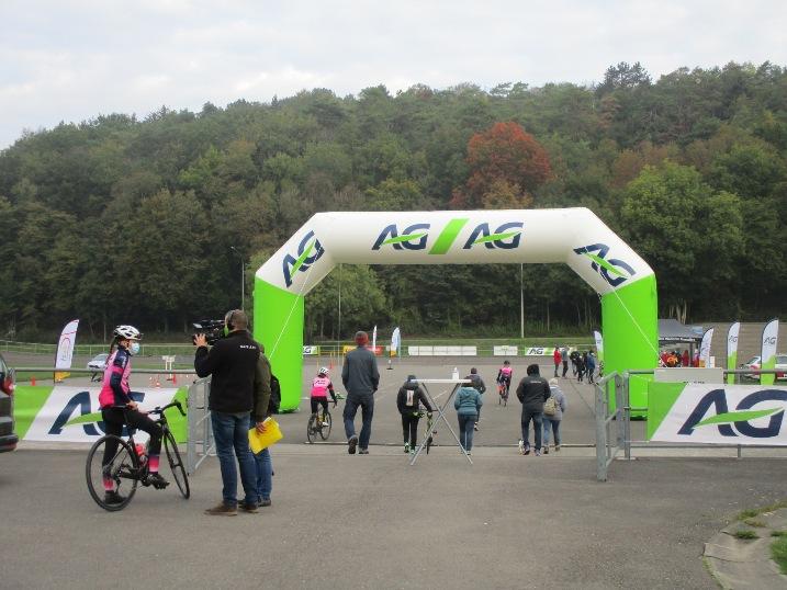 Balade vélo Women Day Rochefort 17 octobre 2020 001.JPG